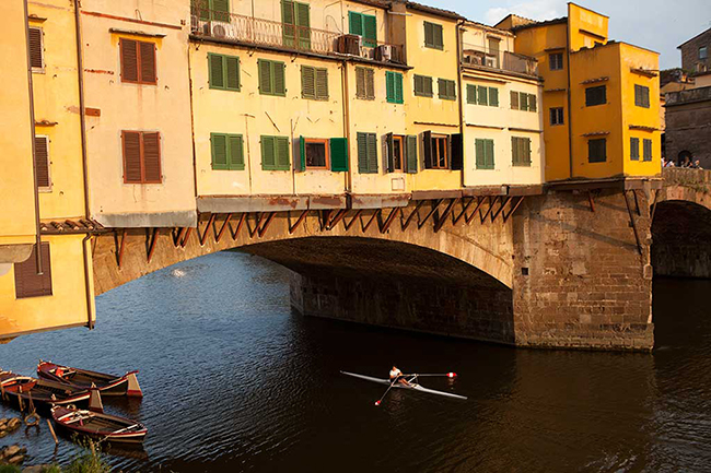 Rowing in Florence Italy