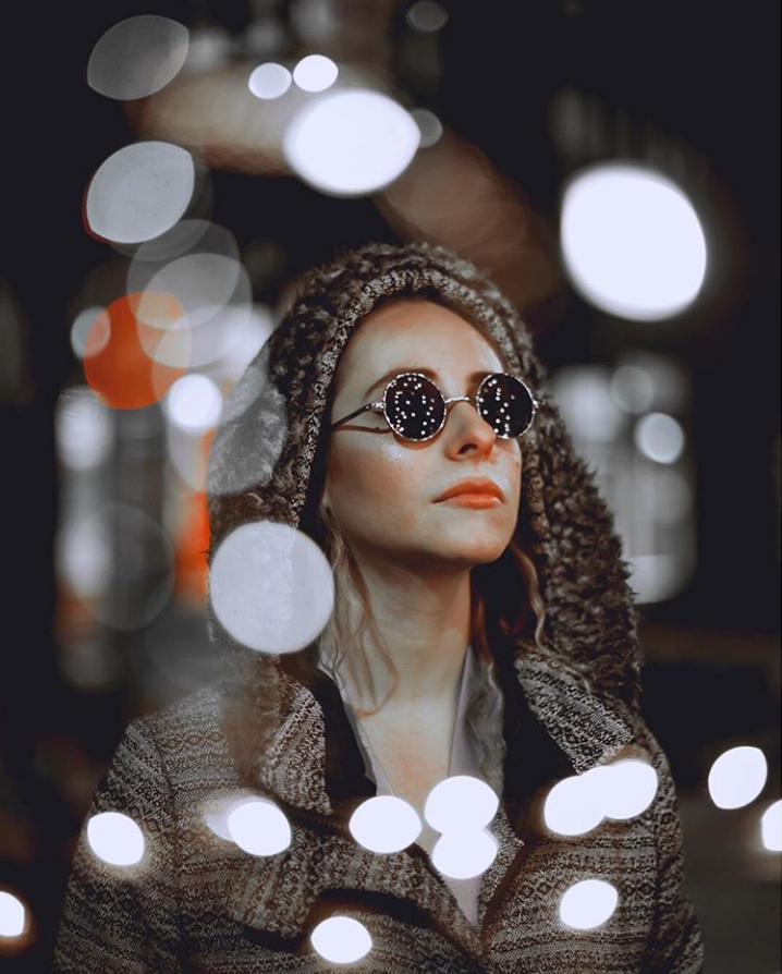Chorale took this photo by taking a portrait of Sydney and then taking a photo of string lights that were wrapped around a tree on Newbury Street. Photo by Chorale Miles. Model @sydneyyy.claire