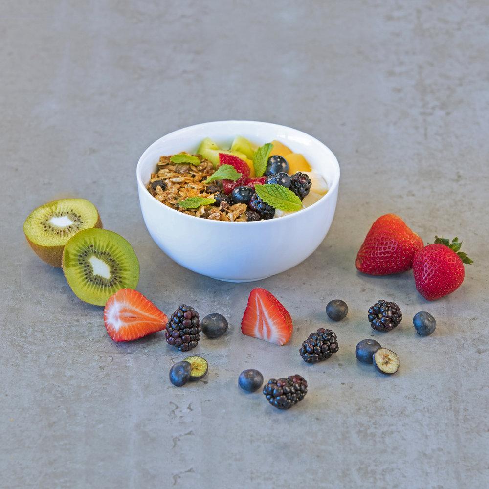 Granola-Yogurt-Fruits-Bowl.jpg