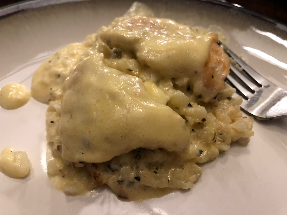 Keto and low carb chicken alfredo casserole dinner recipe