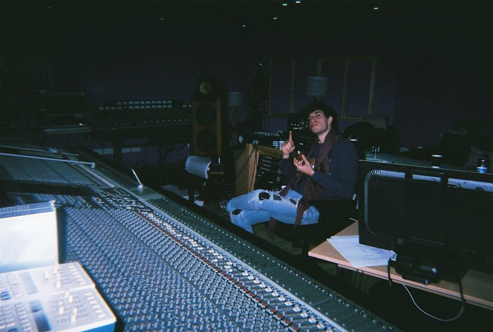Alberto and the HUGE 9000J SSL console pretending to be a famous producer