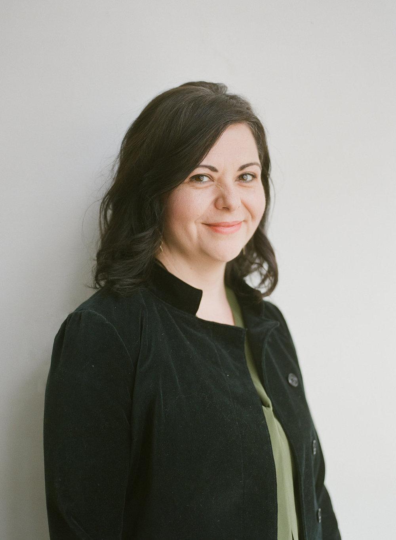 Shannon O'Neill  Writer + Editor