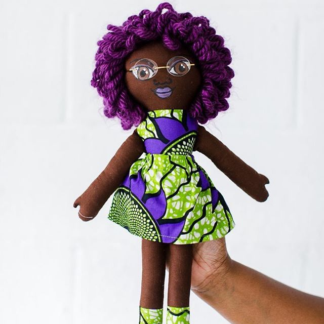 Sneak peek on our upcoming #mondaymaker feature. We interviewed @unicia thinking her creative realm was illustration-based. Turns out her hands are literally into everything, including dolls. While we featured Unicia for her impactful and inclusive coloring pages, she works across an array of mediums - jewelry, textiles, photography, graphic design, and more. . Vol 3 📷🎨: @sarahanneder @riddledesignco @ravenillustrated . . .