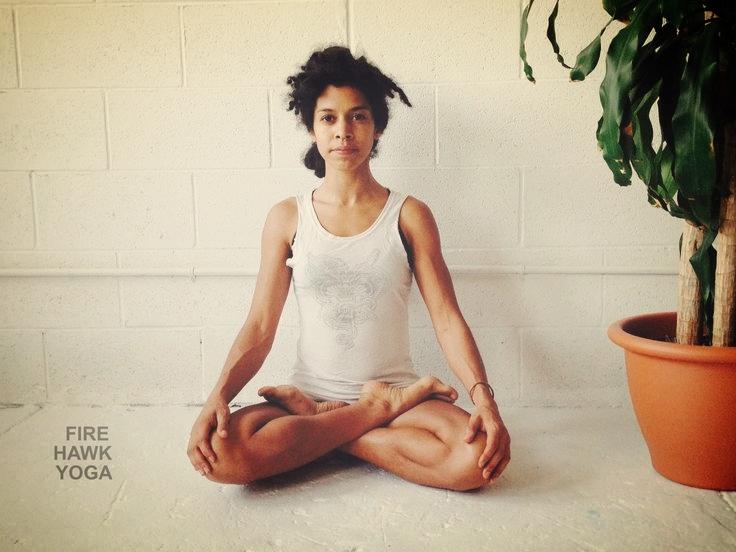 a6288e0a91e61304d7546954c1ac9dc2--sporty-chic-yoga-poses.jpg