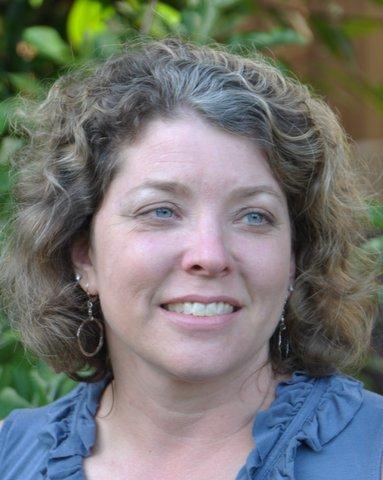 Tina Roushall       Roushall Gardens , San Mateo APLD Bay Area District President