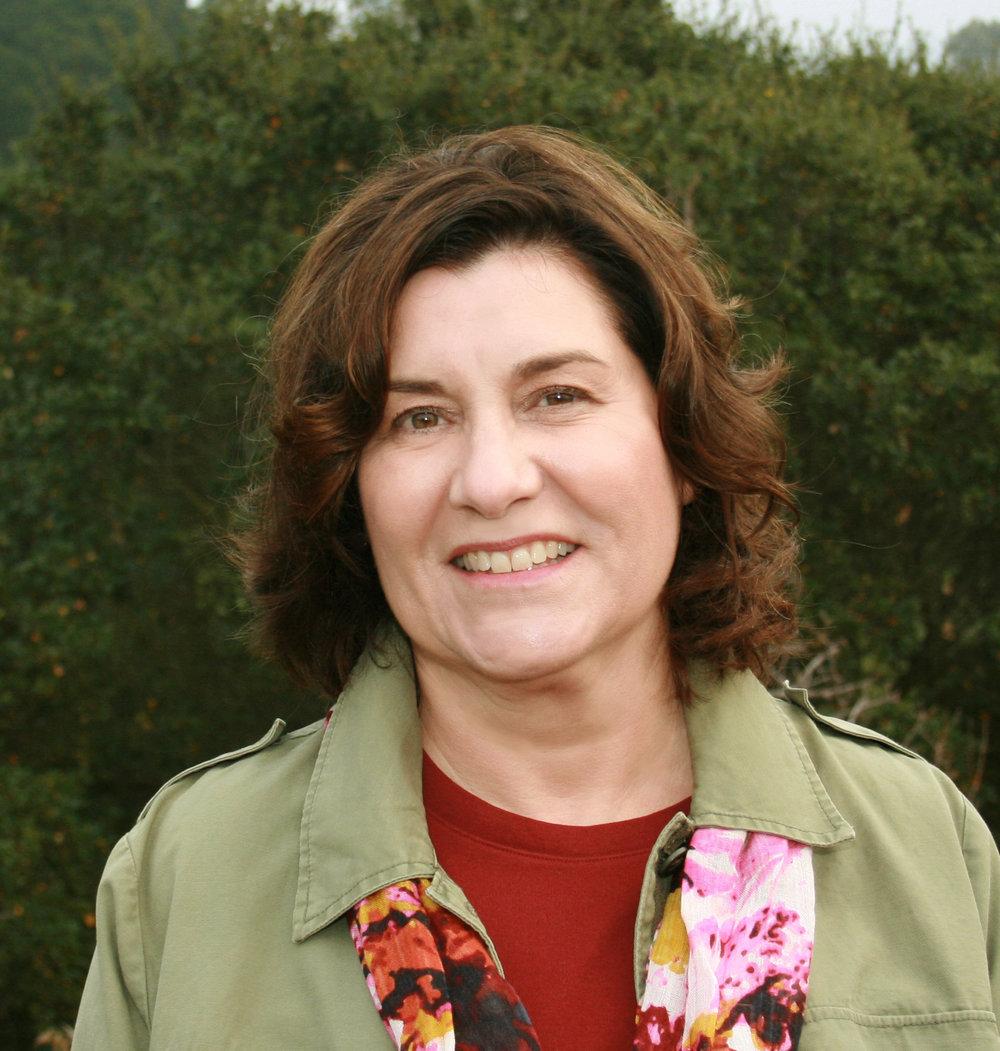 Linda Middleton , APLD   Terralinda Design , Walnut Creek, CA APLD Bay Area District Member & Immediate Chapter Past President