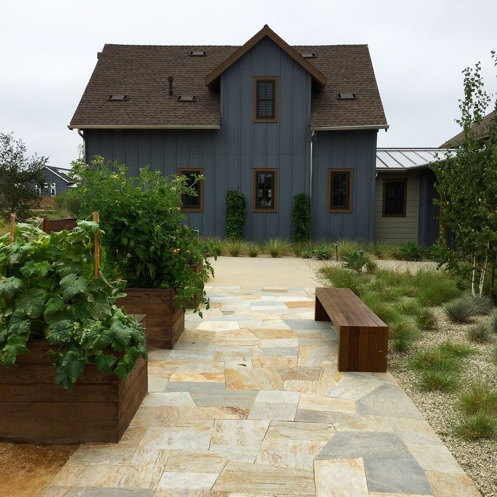 Photo courtesy of Falling Waters Landscape Inc.
