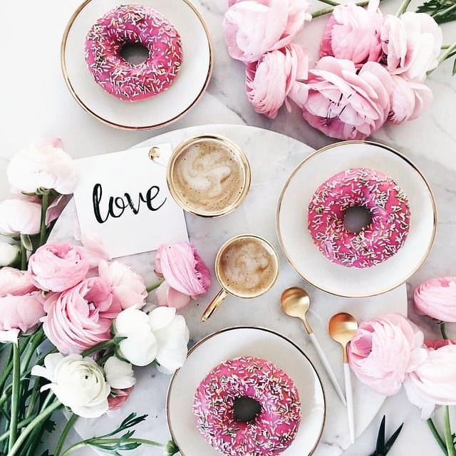 Cake and coffee. The perfect way to round off the bank holiday🍨 📸 pinterest . . . . . . #bankholiday #cake #doughnuts #prettyinpink #weekend #chillday #flowers #coffee #longweekend