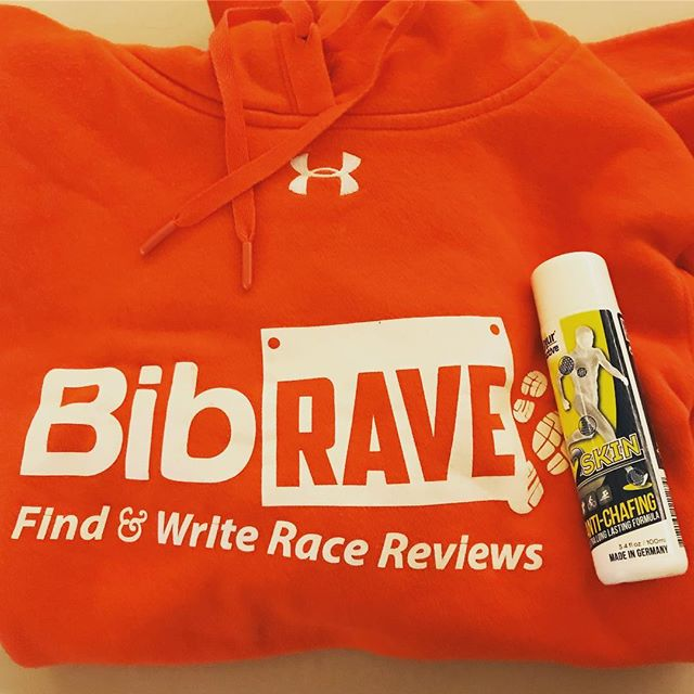 Time to put @pjuractive to the test! A surprise snowy race day means a high chance to chafing. Luckily, I'm confident I will have a pain free shower afterwards. #2skin #pjuractive #pjuractive2skin #BibRavePro #bibchat @bibrave