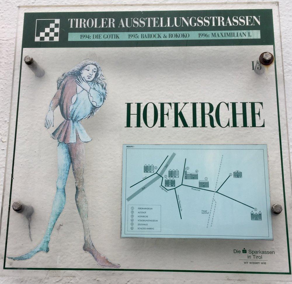 Her følger noen bilder fra Hofkirche.