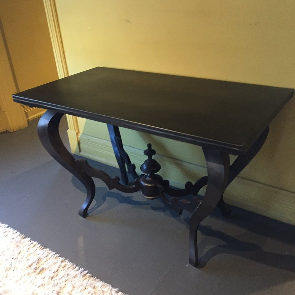 Francois Console Belgiam Table.JPG