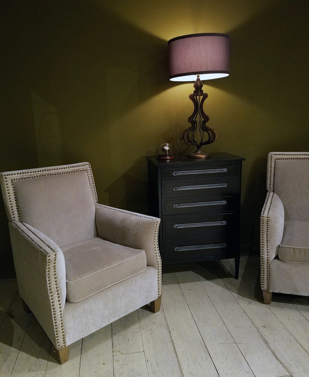 Linvilles chair 2.jpg