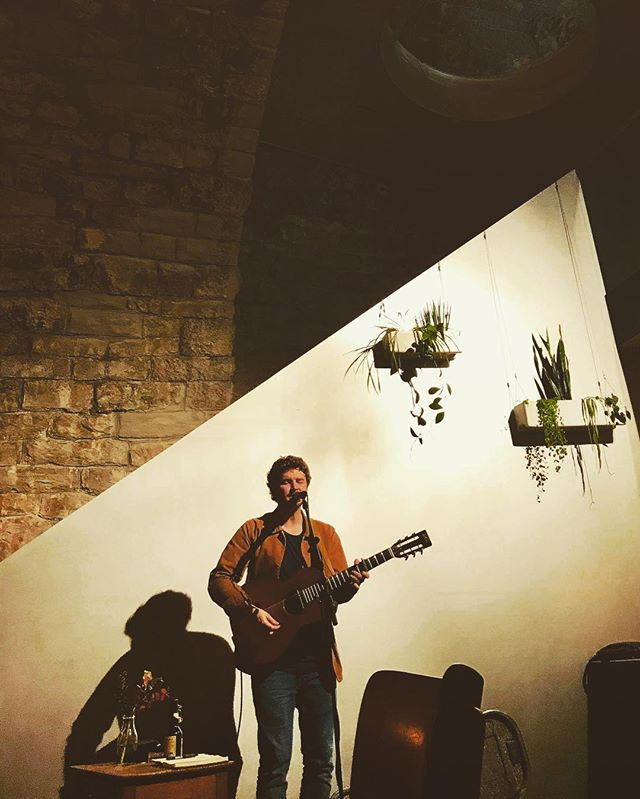 Thanks to Claudia for sharing this photo from last nights show at Jensiets Im Viadukt. Thanks also to everyone who came along, I had a blast.