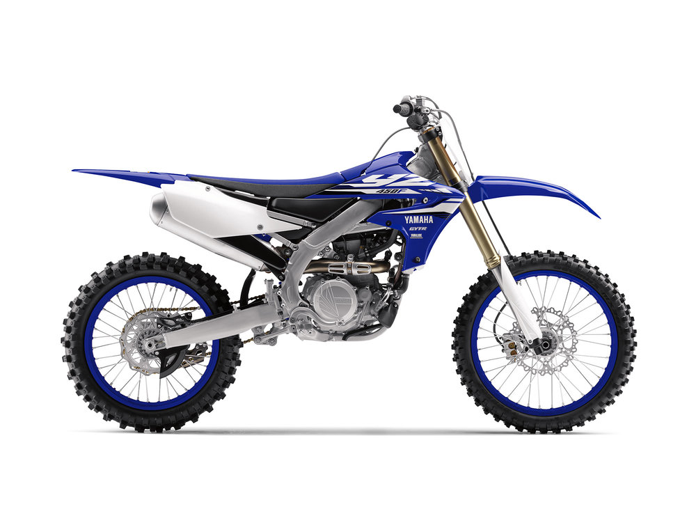 The long awaited 2018 Yamaha YZ450F is here and as you can see has a distinct different look to it.
