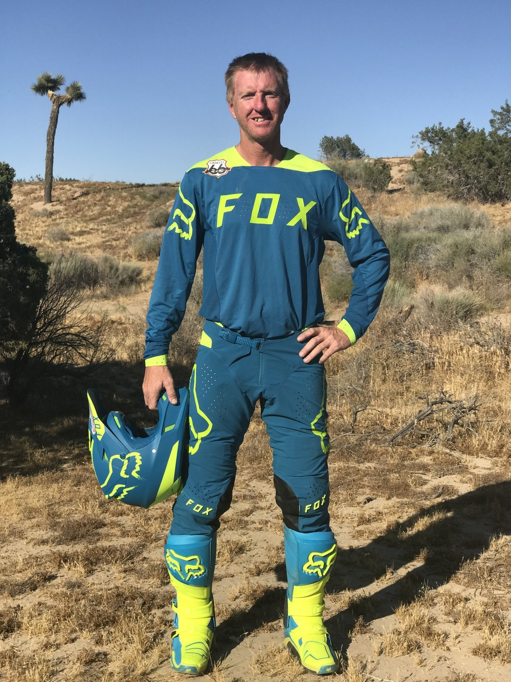 Fox Racing's Limited Edition FlexAir Teal Moth gear set is more attractive than the guy that's wearing it, thats for sure!