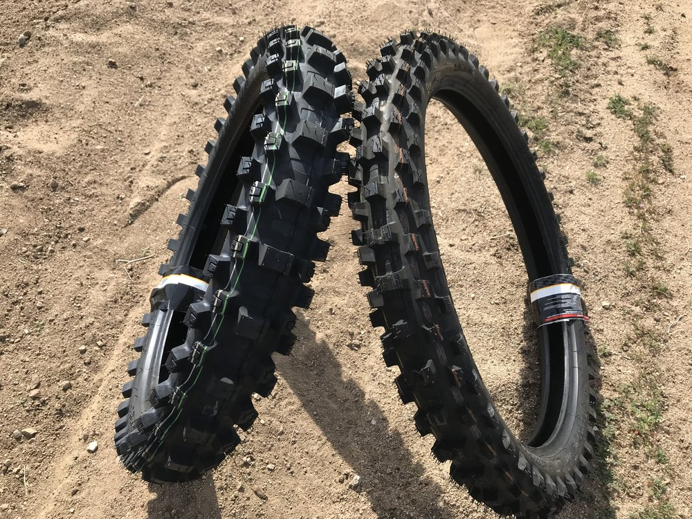The Dunlop Geomax MX3S Tires.
