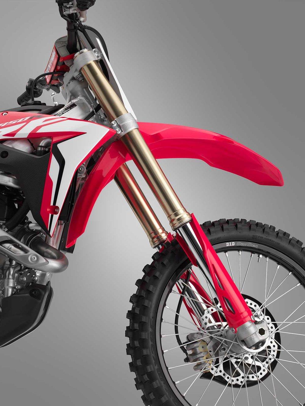 19-Honda-CRF450R_fork.jpg