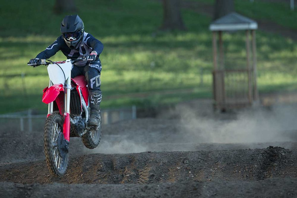 19-Honda-CRF450R_Action_3.jpg