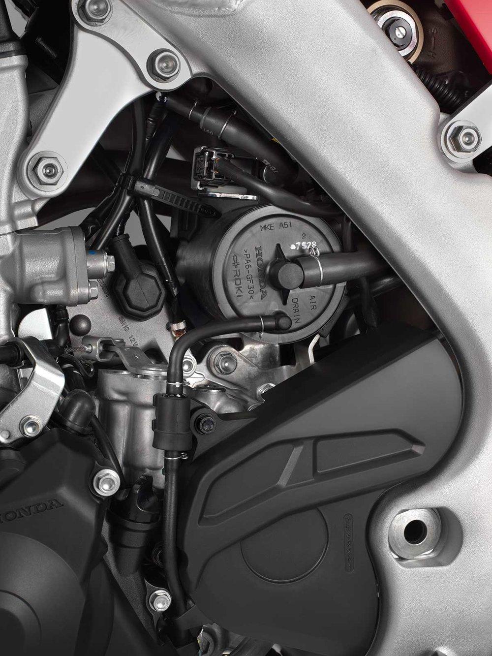19-Honda-CRF450L_emissions-canister.jpg