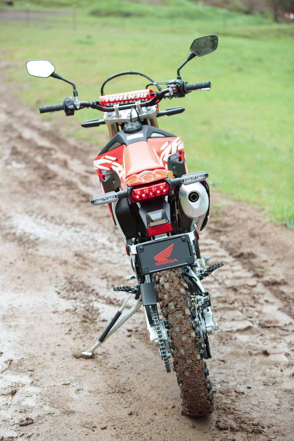 19-Honda-CRF450L_Beauty_7.jpg