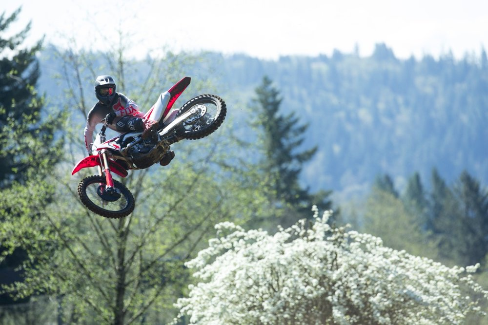 19 Honda CRF250R_Action_3.jpg