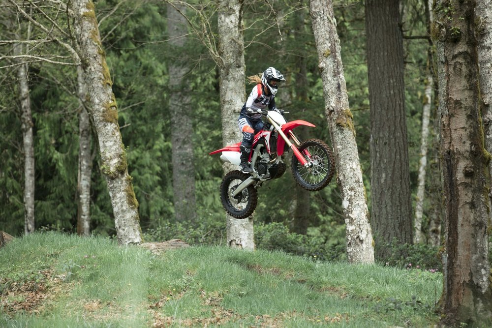 19 Honda CRF250RX_Action_8.jpg
