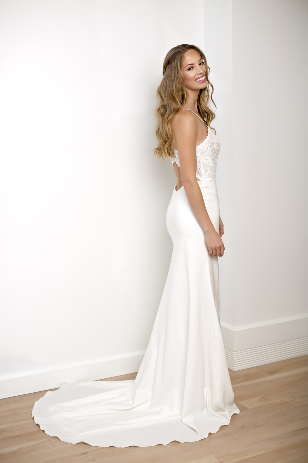 carrietyler_fashionbridal_sidneykraemer_low-15.jpg
