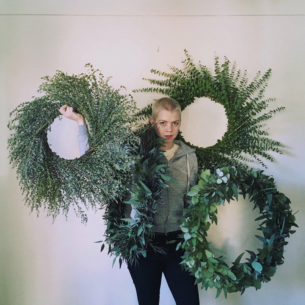 wreaths & garland -