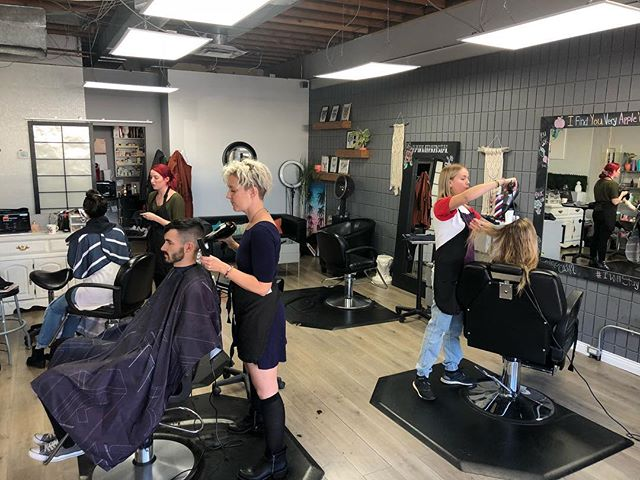 Burke boss babes! . . . ✂️ Burke Hair Lounge 📍 515 Lawrence Ave, Kelowna BC 🗓 Open 7 days a week 📲 236-420-2949 . . . #burkehairlounge #burkebabes #bossbabes #hairqueens #hustle #hardatwork #fridayfeels #kelownahair #hairstylists #kelownahairsalon #crueltyfreehair #loveislove #equality #kelownaliving #downtownkelowna #supportlocal #whorunstheworldgirls #haircare #instagood #instadaily #instahair