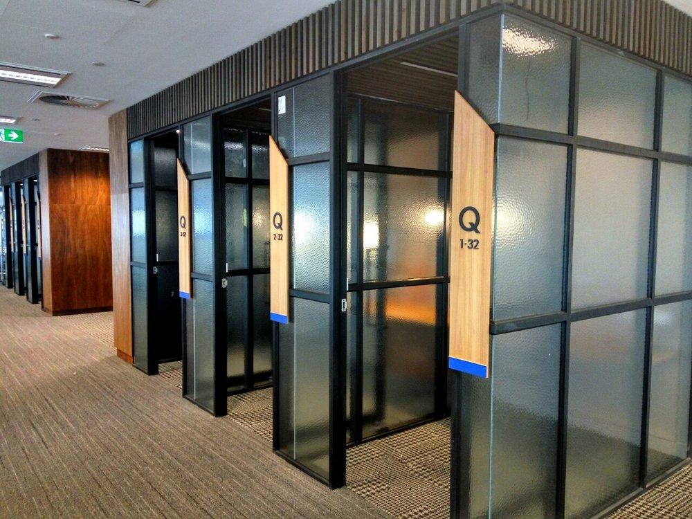 Quiet/solo work booths