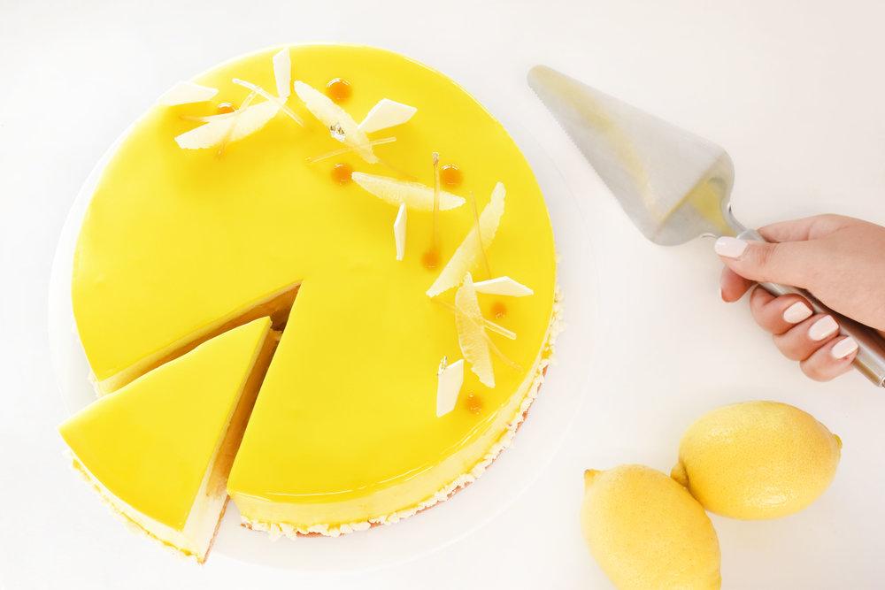 Lemon Cake 2.jpg