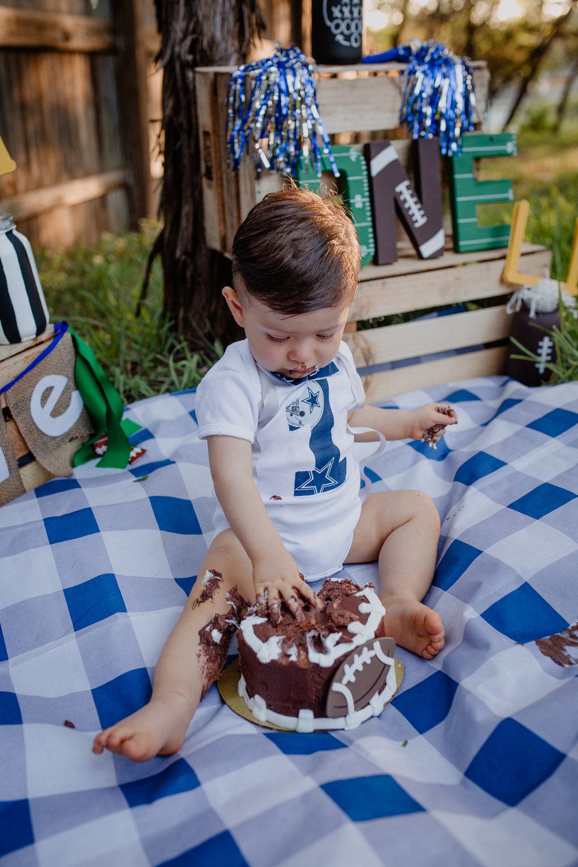 Ricardo's cake smash-25.jpg