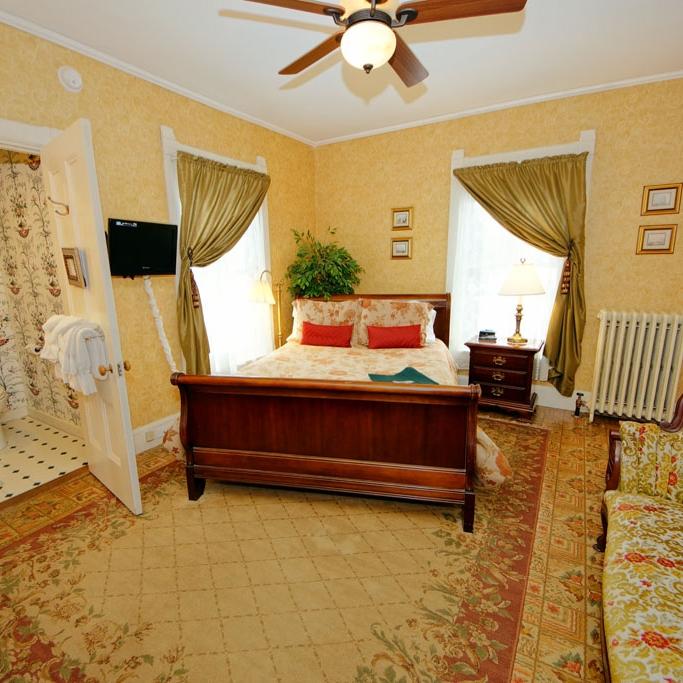 Photo of North Haven guestroom