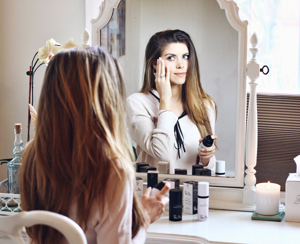Social media's favorite fashion and beauty blogger tells all about her skin. - Blog:www.thecharmingolive.comIG:@thecharmingolive