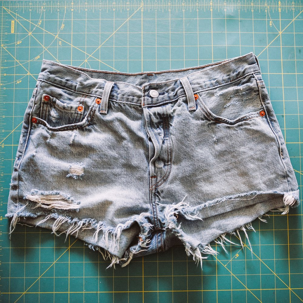 $60 Urban Outfitter Levi's