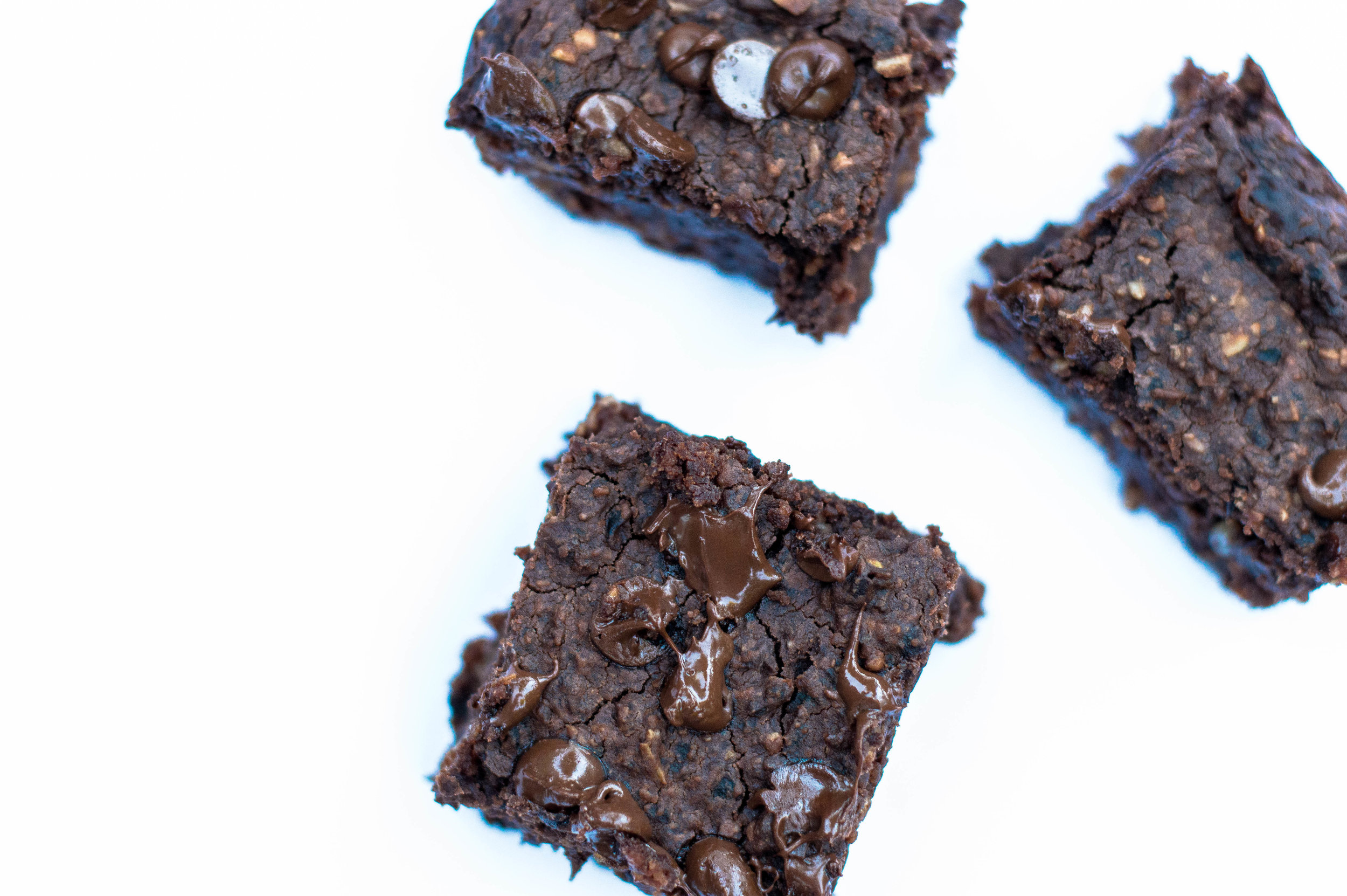 Little Green Lives - Healthy recipes Black bean brownie