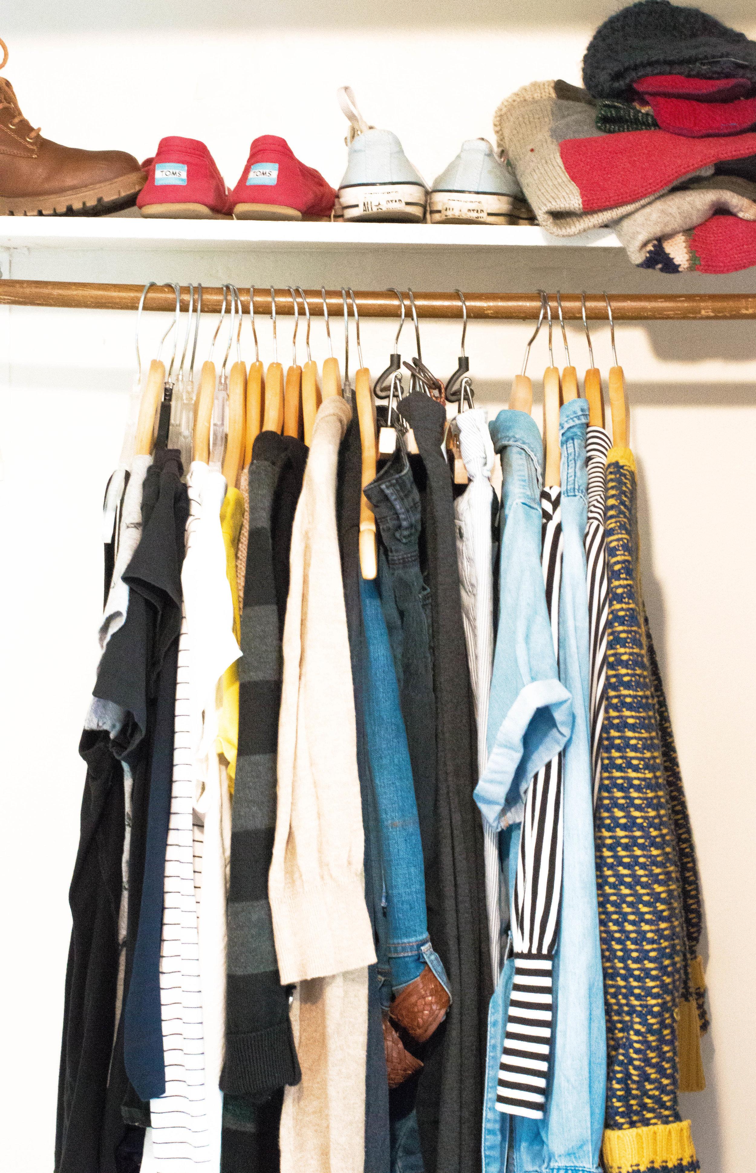Little Green Lives - Capsule wardrobe