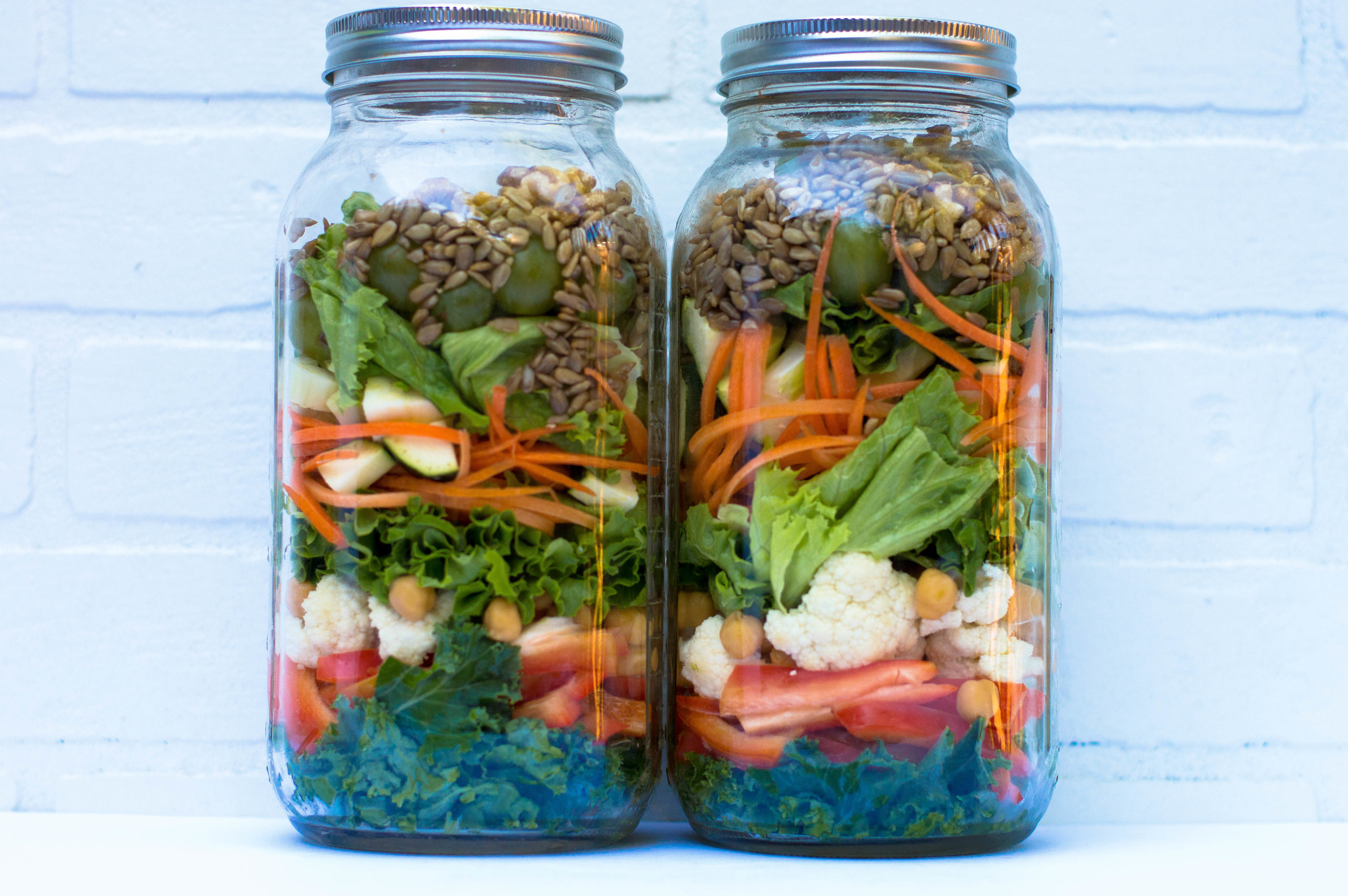 Little Green Lives mason-jars-salad