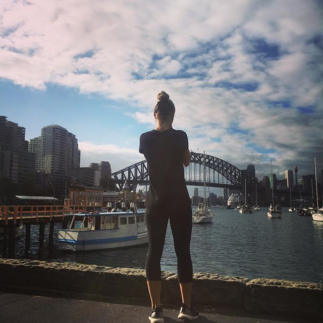 I never get sick of this view. Every time I run past I stop and take a picture, same but never the same 📸🎡🤸🏼♀️#sydney #lovethiscity #lavenderbay #running #fitness #gorgeousday
