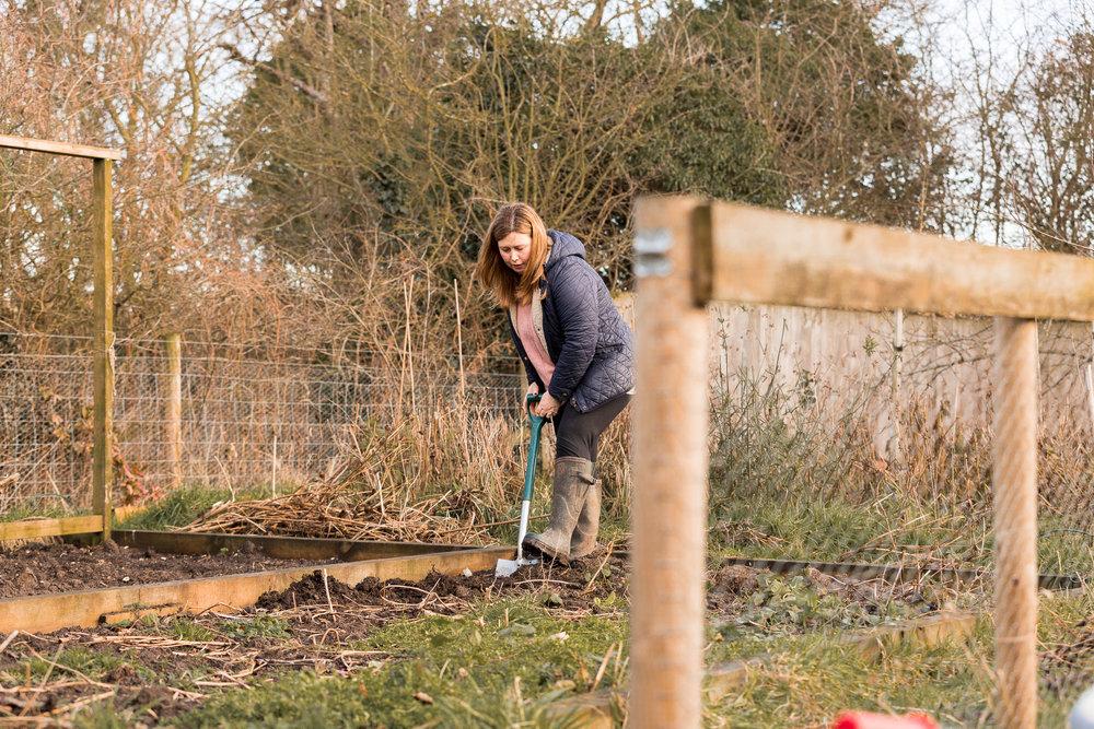 Emma Parrott_cutting garden