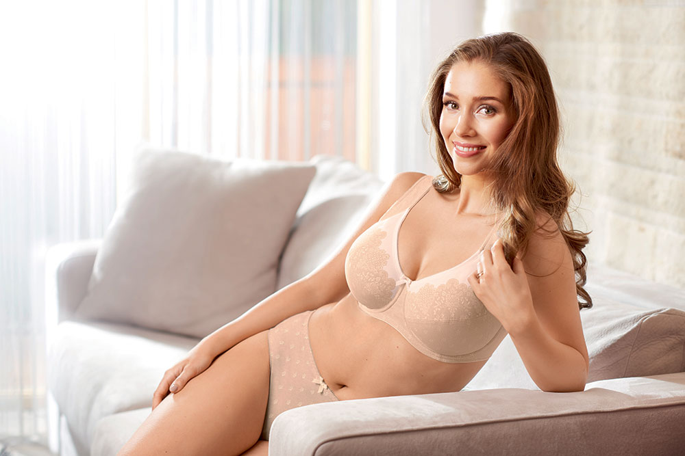 Soft Cup - Not all women want an underwired bra. At Dickory Dock we carry an extensive range of soft cup bras, many of which have wide cushioned comfort straps. Ensuring a feeling of comfort and well-being.