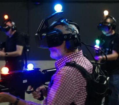 VR-arcade2.jpg