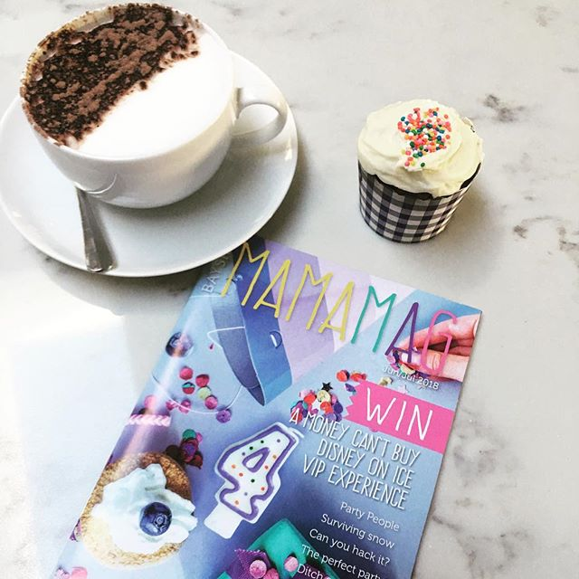 After a super busy day, it's time to sit down, relax and read the exciting birthday issue of @localmamamag! Oh... and we have a little surprise inside for you!