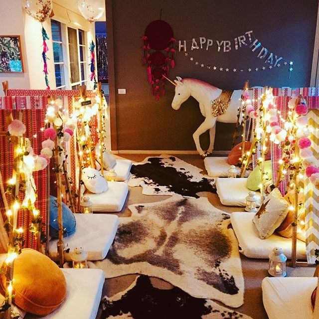 We love Indi's Bohemian Dreams party with a touch of unicorn magic. Who wouldn't love a life size unicorn!