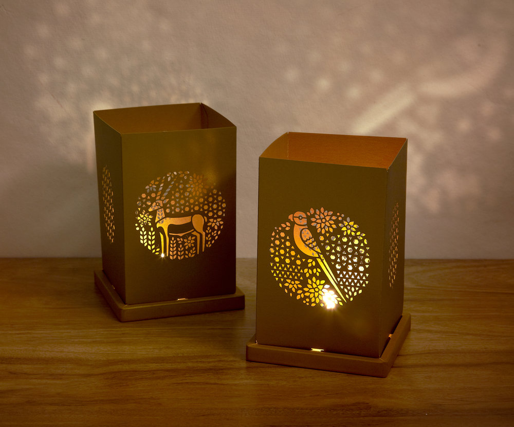 Gold tealight locopopo 03.jpg