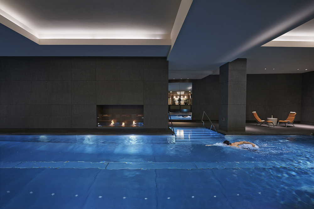 london-2014-luxury-spa-pool-01.jpg