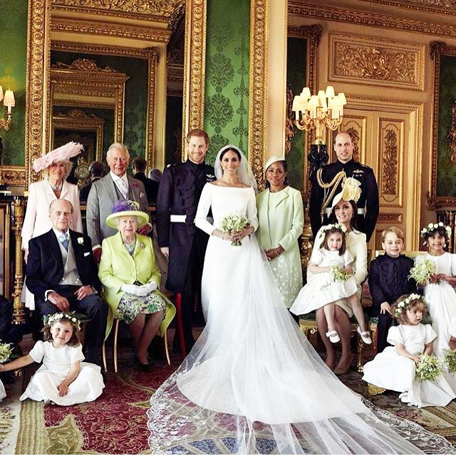 In love with the Family Portrait! ❤🇬🇧🇺🇸 #royalwedding #royalwedding2018 #wedding #princeharry #meghanmarkle #royalfamily #windsorcastle #harryandmeghan #london #love #royal #england