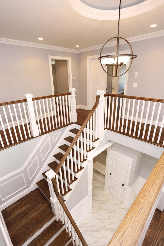 265 Carolina Dr Oradell NJ-large-037-44-Staircase-667x1000-72dpi.jpg