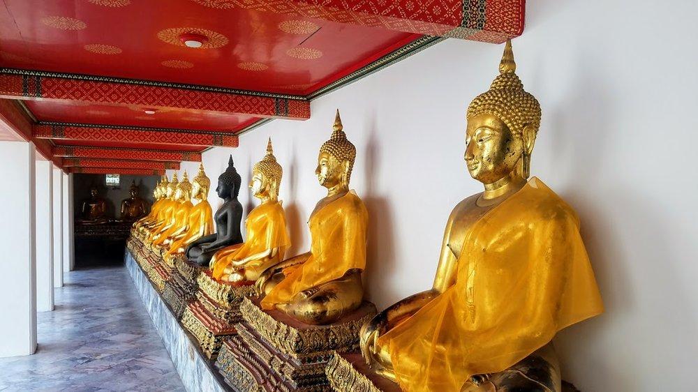 Wat Pho Bangkok, Thailand 2.jpg