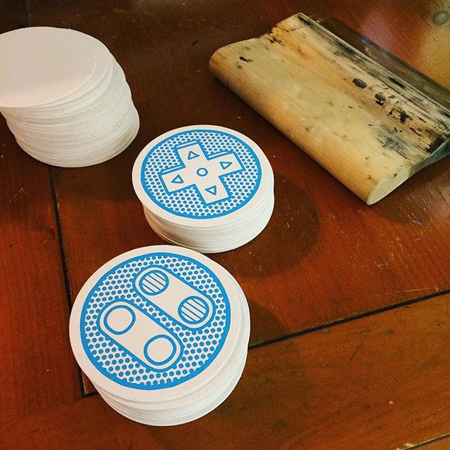 Screen printed some SNES controller coasters! Had a lot of fun with these. Also printed them in magenta :o - - - #screenprinting #coasters #videogames #gaming #nostalgia #snes #supernintendo #nintendo #controller #cyan